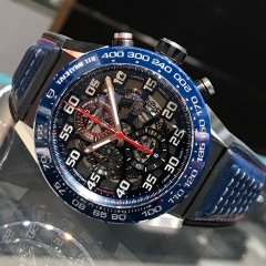 TAG Heuer × RED BULL 限定