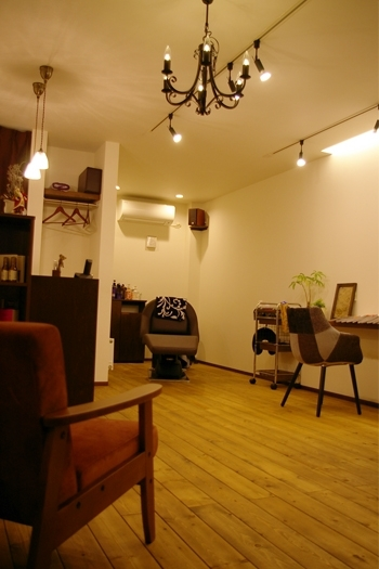 「ROCCO hair salon」