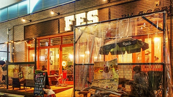 「FES by asobi ~フェス バイ アソビ~」船橋駅近く 炭火肉料理が楽しめる大人のFESTIVAL空間♪