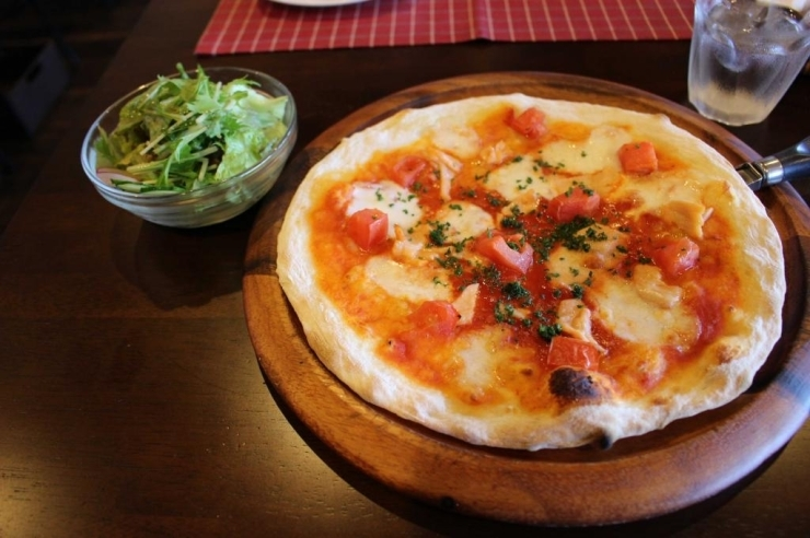 Pizzaセット(平日限定 1,180円)
