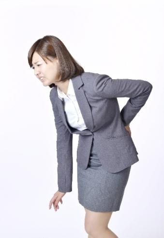 腰の違和感ありませんか?気を付けて!ぎっくり腰の前触れかも…