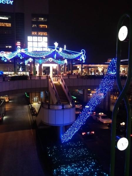 溝の口駅周辺 キラリデッキ円筒広場