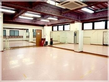IS DANCE STUDIO(アイエスダンススタジオ)