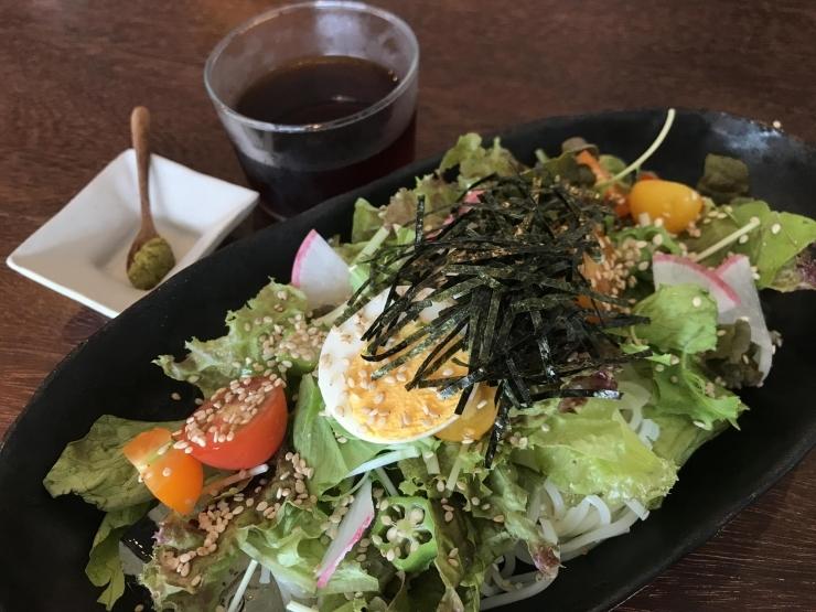食感、のどごし共に最高! お野菜たっぷりの【サラダそうめん】 -CAFE Cercle(カフェセルクル)