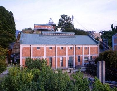 美術館 発電 所