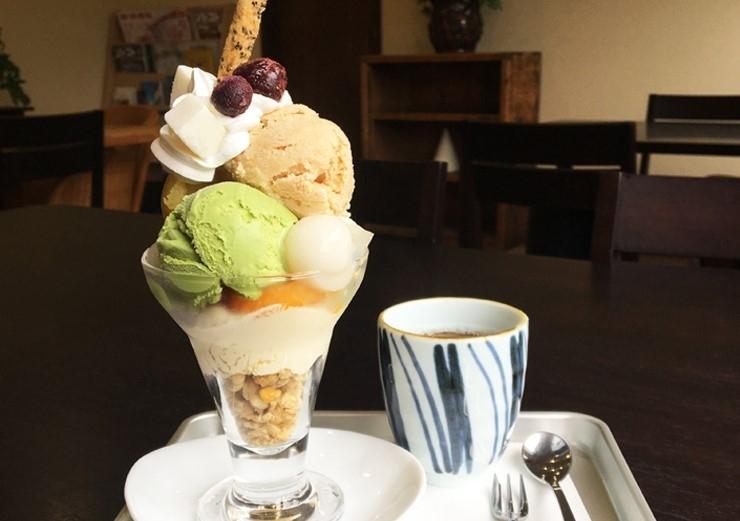 あんみつ屋カフェ/あんみつ屋パフェ 650円(税込)