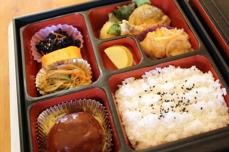 キッチンやまうち【行楽弁当 500円】