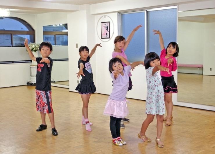 ダンススタジオM