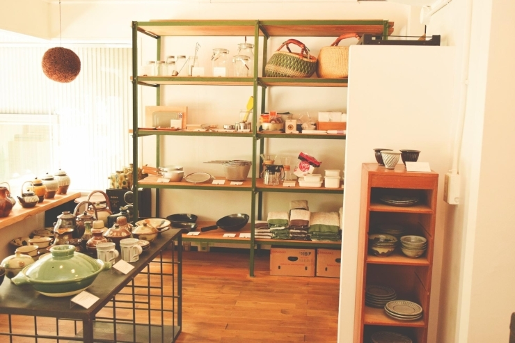 ロク 生活雑貨と器のお店